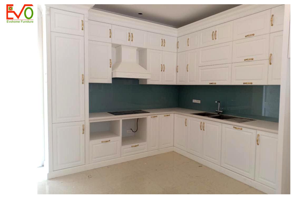 Thi công nội thất phòng bếp nhà phố 156 Lacasta văn phú phong cách cổ điển 4